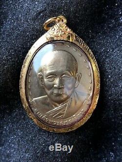 PHRA LP JOI WEALTH LUCKY Thai Buddha Amulet Pendant 18k Solid Gold Case