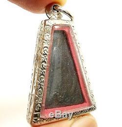 Phra Pong Supan Makasit Leklai Thai Magic Metal Buddha Protection Amulet Pendant
