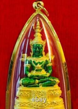 Thai Emerald Buddha 18K Pendant Holy Amulet Auspicious Carved Solid Fine Jewelry