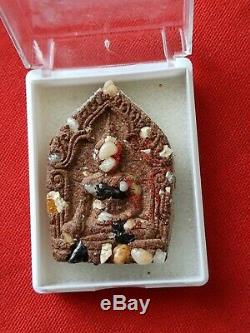 Thai buddha (Relics) amulet